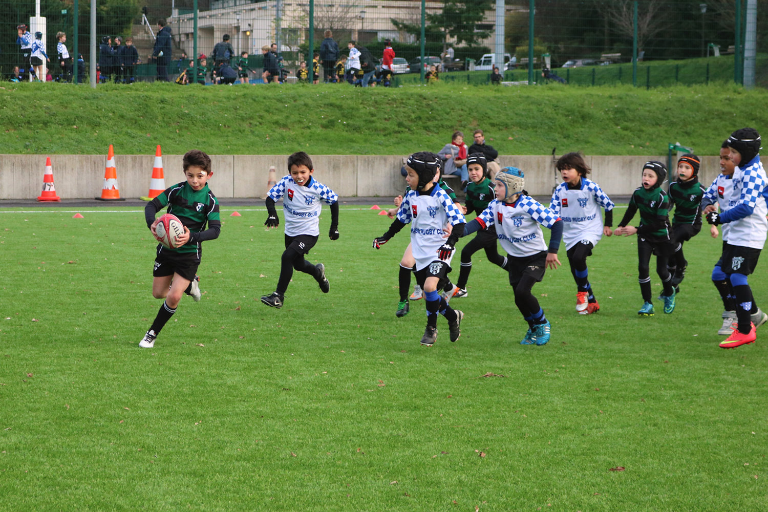 Mini poussins equipe 1 plateau suresnes rugby club for France fenetre herblay